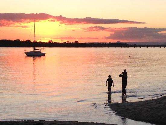 Bribie Island, Avustralya: Sunset from Bongaree beach front