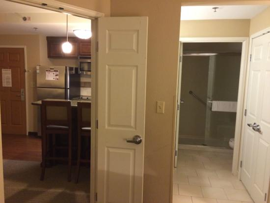 Staybridge Suites North Charleston: room