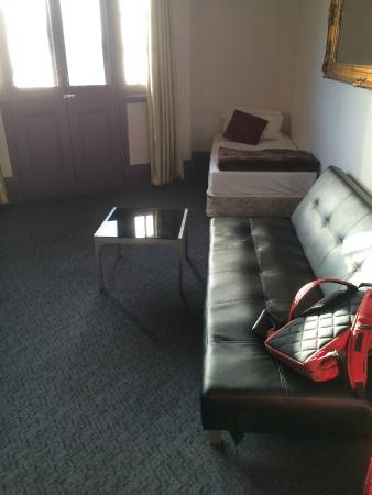 Sydney Wattle Hotel: Room