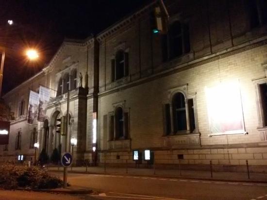 Staatliche Kunsthalle Karlsruhe: Vista noturna