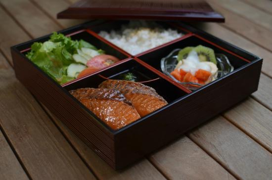 bento box lunch picture of roe fine japanese sushi tea house kingston tripadvisor. Black Bedroom Furniture Sets. Home Design Ideas