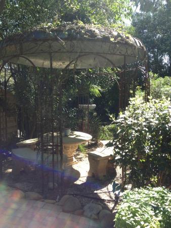 Villa Heliotropes : jardin!