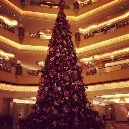 BBQ Al Qasr: The Biggest Christmas Tree I have even seen!