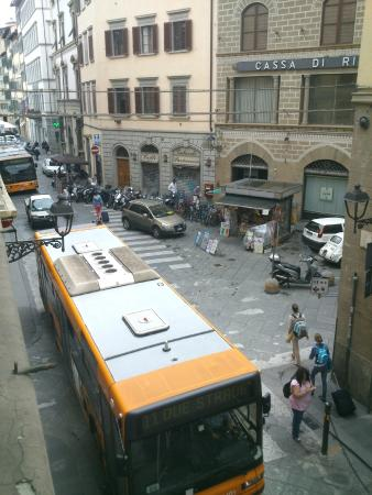 Hotel Unicorno: View from the room on second floor. Feel like bus routes pass through your room