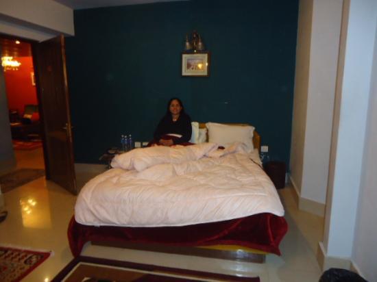 Golden Heights Enclave: Inside hotel room