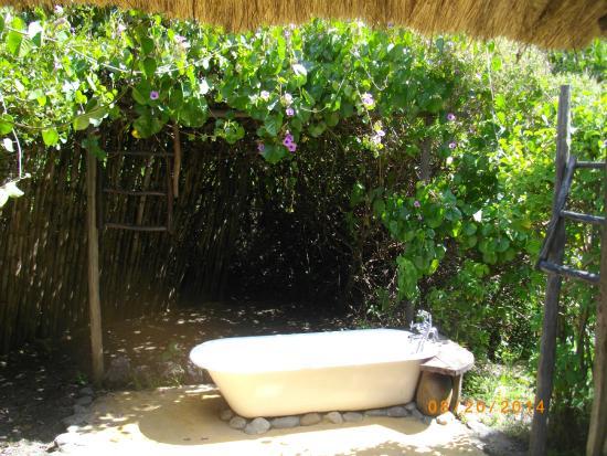 Mbweha Camp: Outside Bathtub