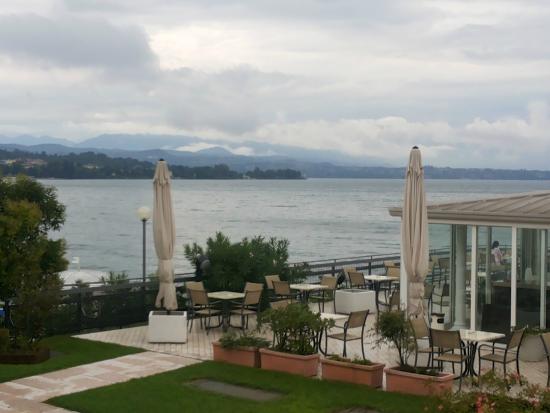 Hotel Lido International: Бар и терраса