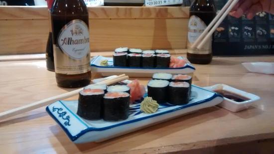 Yamato : Media ración y la tapa de la bebida