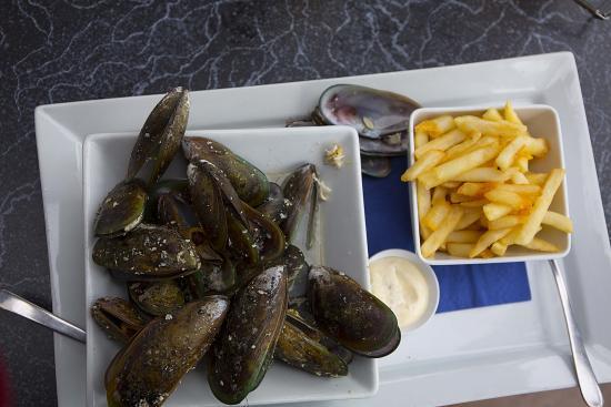 L'Hotel Akaroa: Great mussels
