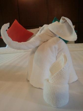 Kiree Thara Boutique Resort: Nette Geste auf dem Bett