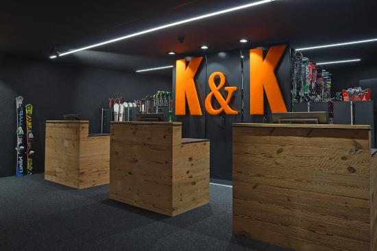 Alpe di Siusi, Ιταλία: K&K Sports Urthaler Ski Rental Restyling