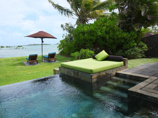 Ocean villa 172 garden foto di four seasons resort for Garden pool villa four seasons mauritius