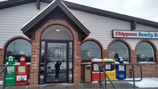Chippewa family Restaurant : Frente do restaurante.