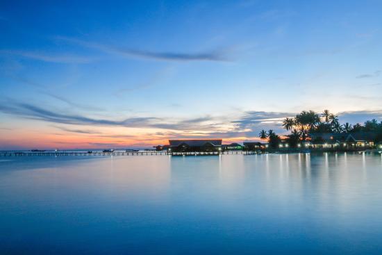 sunset at derawan dive resort