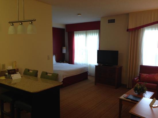 Residence Inn Lexington South/Hamburg Place: 客室