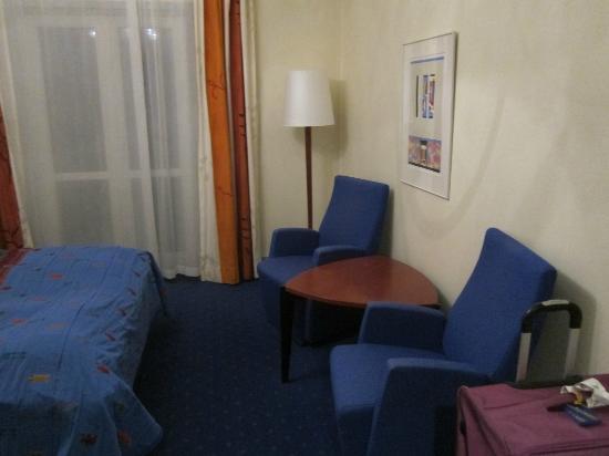 Augustin Hotel: Room.