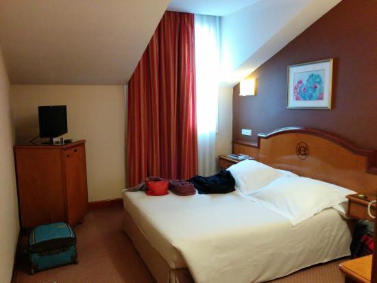 Sercotel Ciudad de Oviedo Hotel: habitación sexta planta