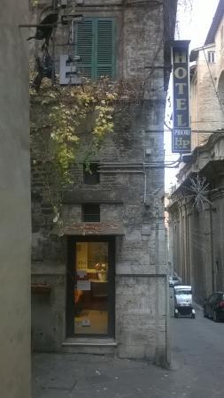 Priori Hotel: Prospetto Hotel Priori Perugia