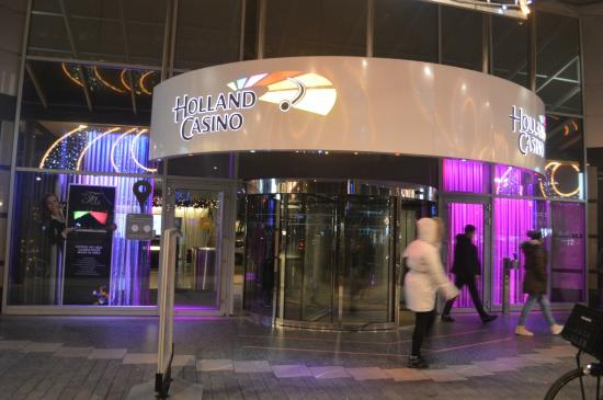 Holland Casino Rotterdam: Holland Casino entrance