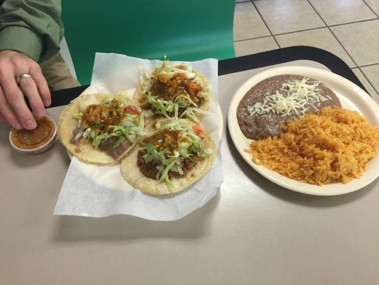 LA Bamba Mexican Restaurant: 3 Tacos w/Beans and Rice....plenty for lunch