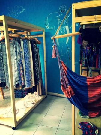 San Antonio De Belen, Costa Rica: Take a look at the store!!