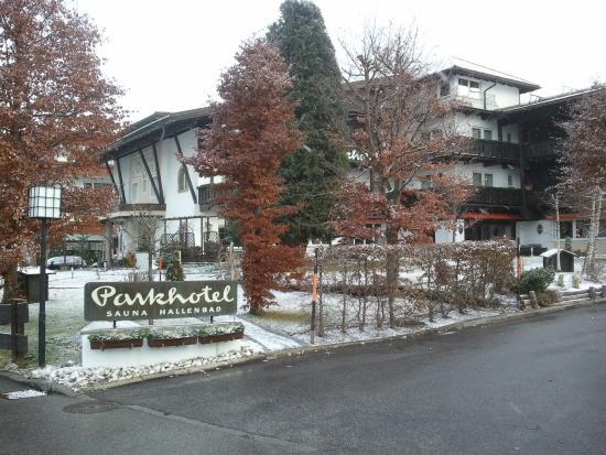 Parkhotel Seefeld: hotel mattina
