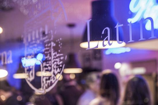 Taverna Latina: Vetrina