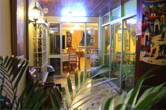 Hotel Alexander: Lobby
