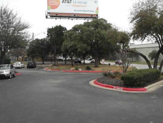 Extended Stay America - Austin - Northwest - Research Park: Outside Main gate
