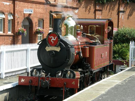 Manx Electric Railway: Steam Railway at Port Erin Station