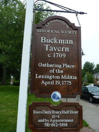 Buckman Tavern : Tavern