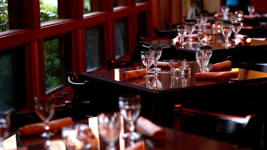 Flanigan's Inn: Spotted Dog Café