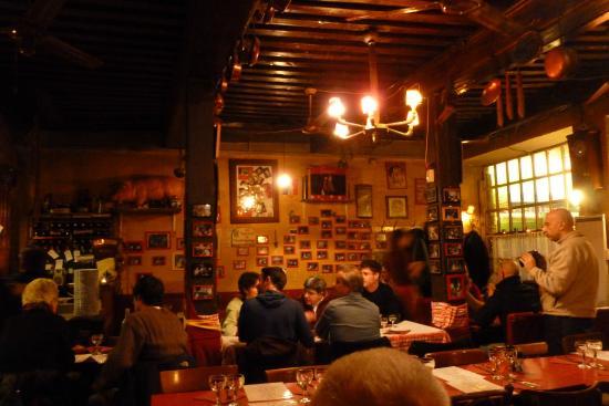 notre maison : L'intérieur du restaurant