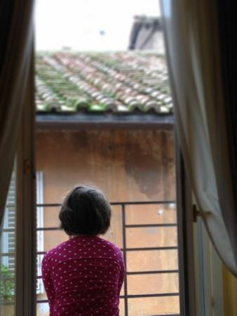 Residenza Canali ai Coronari: Loved the view down the quaint alley/street.