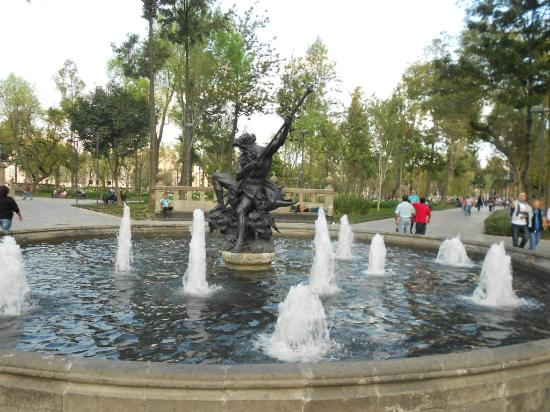 Lovely Plaza With Lots Of Shopping Options Traveller Reviews