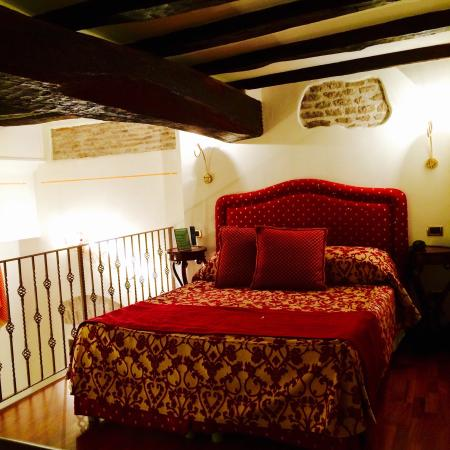 Albergo del Sole Al Pantheon: Royal Suite