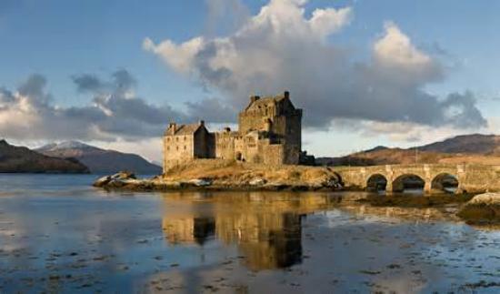 Lochcarron, UK: Eilean Donan Castle