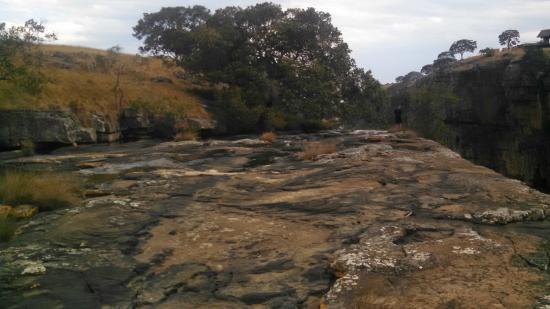 Eastern Cape, Sudáfrica: Edge of the falls