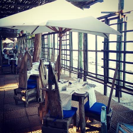 Mediterraneo Hotel & Restaurant: Wonderful setting
