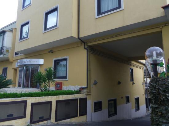 Hotel Joyfull: View of hotel