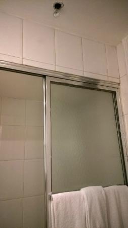 Tonic Hotel Louvre : Bathroom. Superior room 207