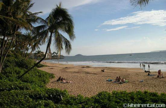 Kalama Terrace Condominiums : Charlie Young Beach/Kamaole 1 is the largest & nicest beach in South Kihei, 300 yards from condo