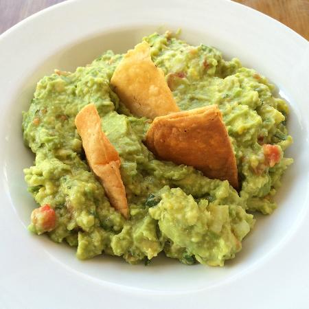 Cafe Restaurante Los Arcos: Guacamole plein de saveurs!