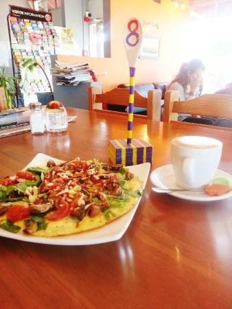Point Break Backpackers: Cafe - Omelette