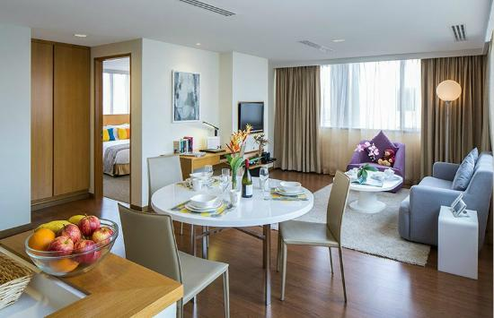 Park Avenue Clemenceau: Two-Bedroom Suite - Living Room
