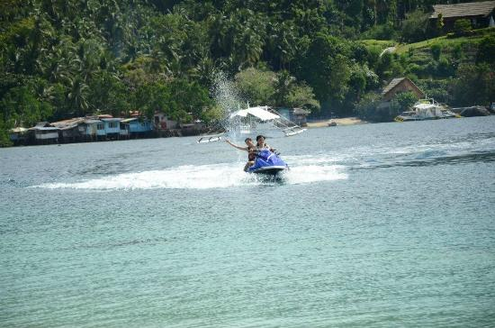 Pearl Farm Beach Resort: Jetski activity