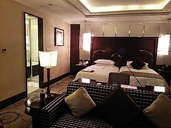 Grand Soluxe Zhongyou Hotel Shanghai: 広々としたお部屋!