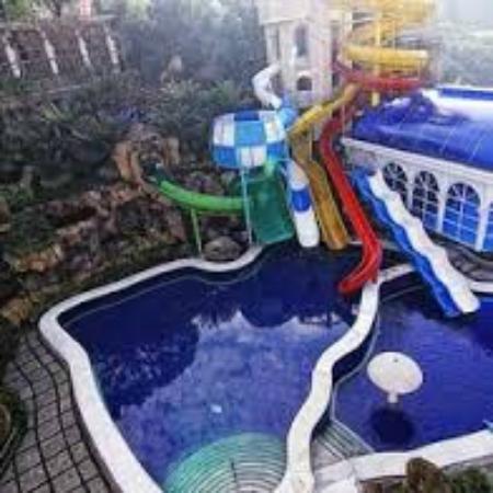 Grand Paradise Hotel Lembang : Water Park