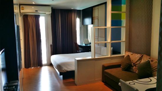 The Sunreno Serviced Apartment: room