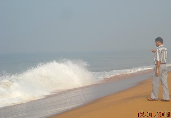 Puthenthoppu Beach